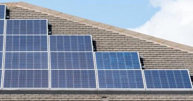 Giải pháp mới làm sạch bụi để lưu trữ năng lượng xanh