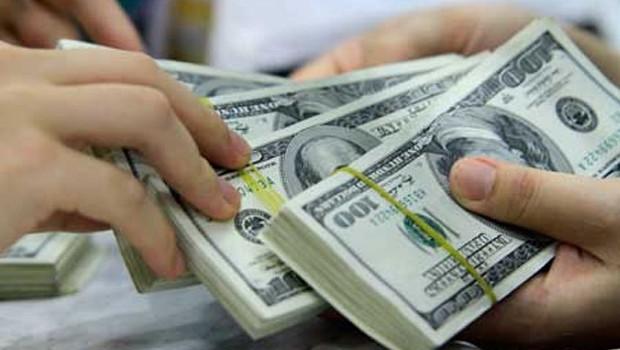 Hạ lãi suất USD: Những góc nhìn khác