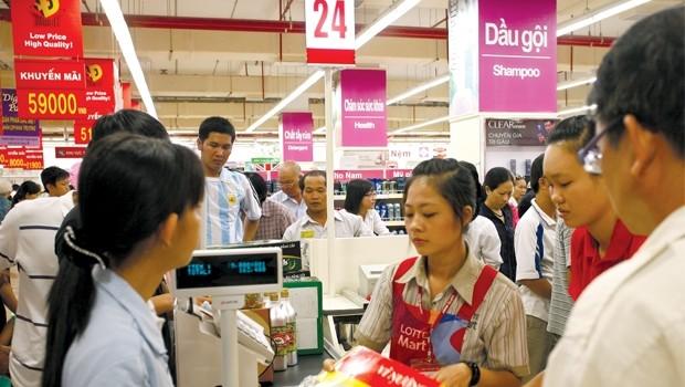 """Thị trường bán lẻ: Chiến thuật """"làm chủ"""" của đại gia ngoại"""