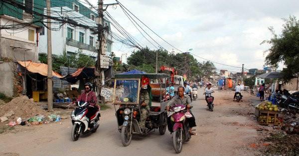 """10 năm chưa xong 570m đường, Hà Nội đang cố """"chạy nước rút""""!"""