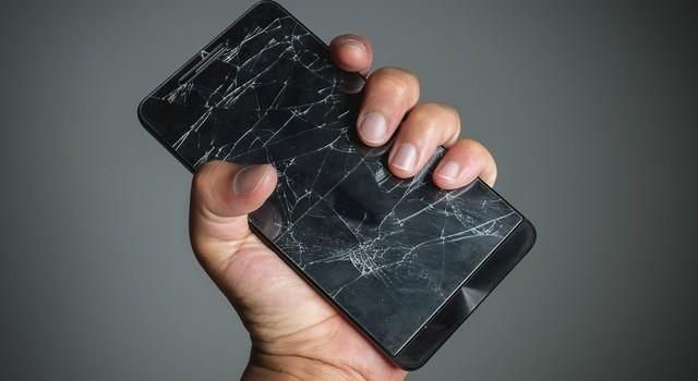 Lật tẩy những chiêu trò móc túi khách hàng khi sửa chữa đồ điện tử (P1)