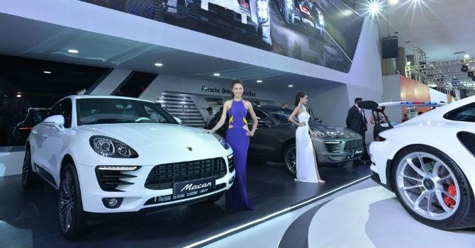 """[Ảnh] Ngắm siêu xe giá """"khủng"""" tại triển lãm ô tô quốc tế Việt Nam 2015"""
