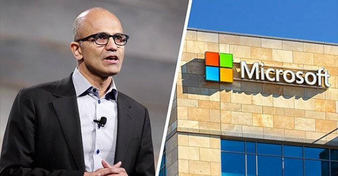 """[Sự kiện công nghệ tuần] Microsoft """"đối đầu"""" trực diện với Apple trong cuộc đua mới?"""