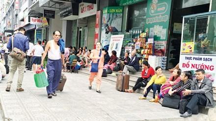 Liên tiếp cháy chung cư ở Hà Nội: Nhà giá rẻ, tiền nào của nấy?