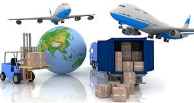 """Chi phí ngoài luồng kéo """"tụt"""" ngành logistics Việt Nam"""