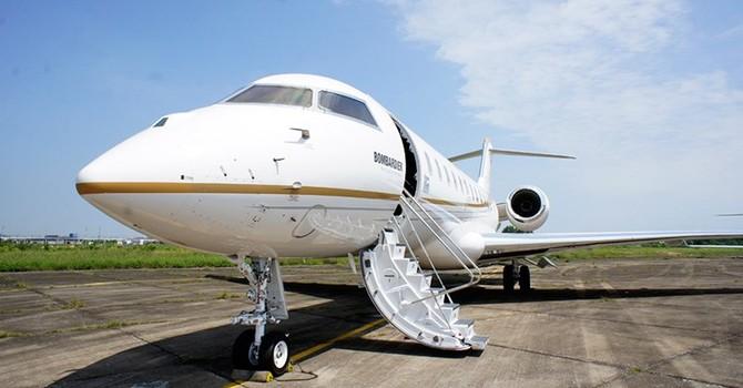 Soi máy bay cá nhân trị giá hơn 1100 tỷ tại Hà Nội