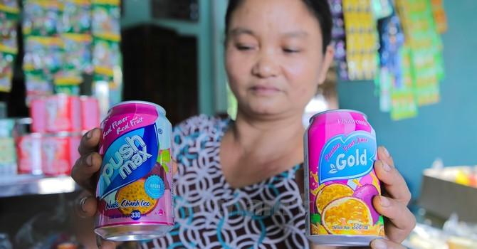Thanh Hóa: Nước ngọt nhái âm thầm xâm nhập đánh lừa người tiêu dùng