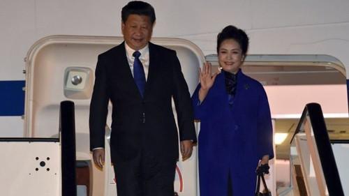 Mối tình có điều kiện giữa Trung Quốc và Anh