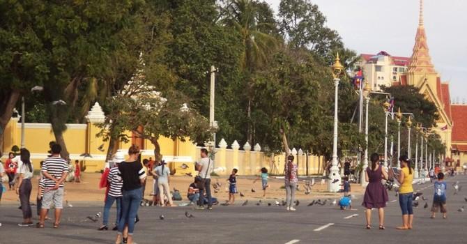 Đi du lịch Campuchia, ngẫm về du lịch Việt