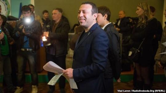 Chính trường Ukraine lại có chuyện