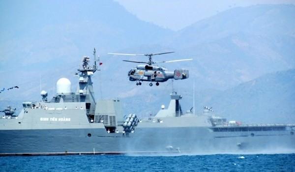 Sắm nhiều vũ khí hiện đại cho hải quân, không quân