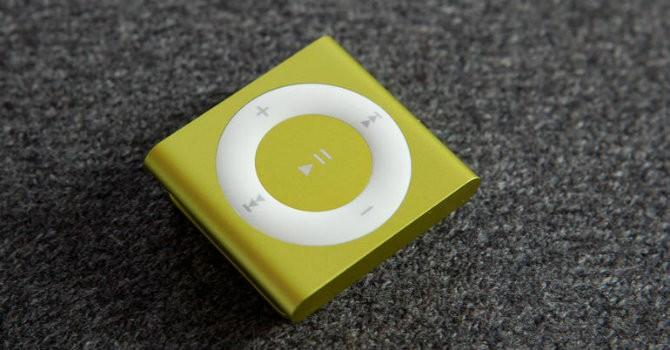 """Nhìn lại những mẫu iPod sắp trở thành """"đồ cổ"""""""