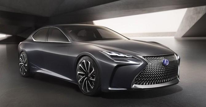 """Soi xế concept """"cực đỉnh"""" sedan Lexus LS sang trọng nhất"""