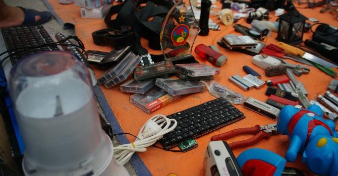 Chợ công nghệ cũ: Khi đồ đồng nát trở thành vật dụng hữu ích?