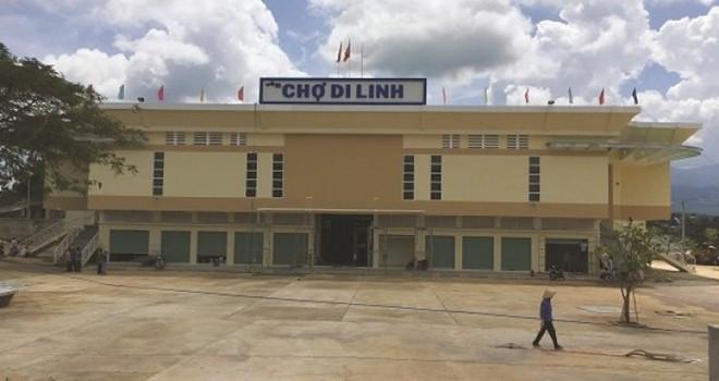 """Quy định """"lạ"""": Cấm cán bộ đi chợ ở huyện Di Linh"""