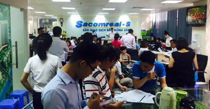 Sacomreal bán gần 200 căn hộ Charmington La Pointe trong 1 ngày
