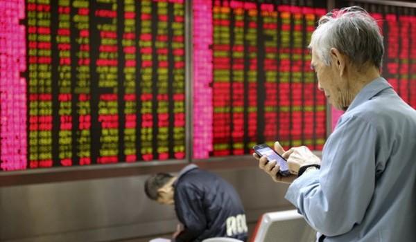Cổ phiếu ngành du lịch, hàng xa xỉ lao dốc sau vụ khủng bố ở Paris