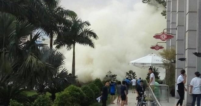 TP.HCM: Cháy ở Parkson Lê Đại Hành, nhiều người tháo chạy ra đường