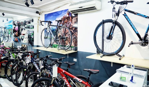 Xe đạp Thống Nhất 50 năm tuổi giờ bán xe ngoại
