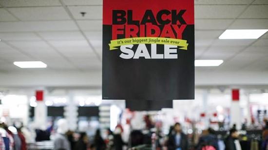 Cẩn thận bị rút sạch tài khoản tín dụng khi mua sắm cuối năm