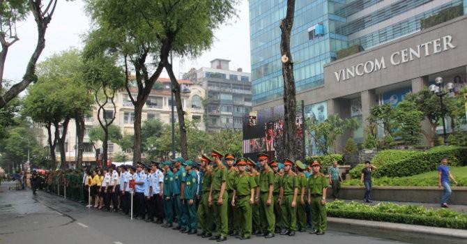 Diễn tập chữa cháy và cứu nạn - cứu hộ qui mô lớn  tại Vincom Center Đồng Khởi