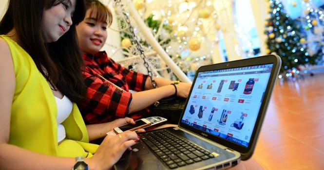 Nhiều khuyến mãi ảo trong ngày mua sắm trực tuyến Việt Nam