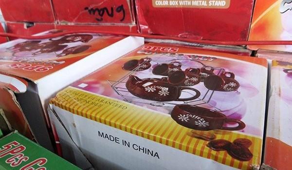 Tịch thu hàng Trung Quốc tại hội chợ hàng Việt