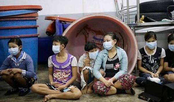 Thân phận nhọc nhằn ở những xưởng tôm công nghiệp Thái Lan