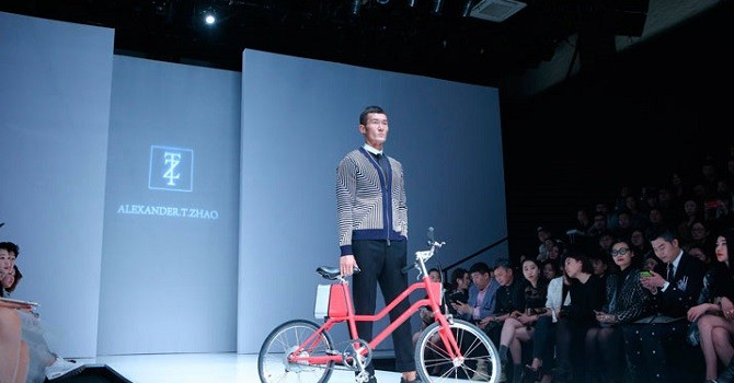 Xiaomi ra mắt... xe đạp điện thông minh