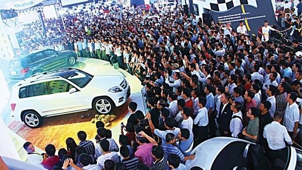 Thuế vẫn thách thức ngành công nghiệp ô tô