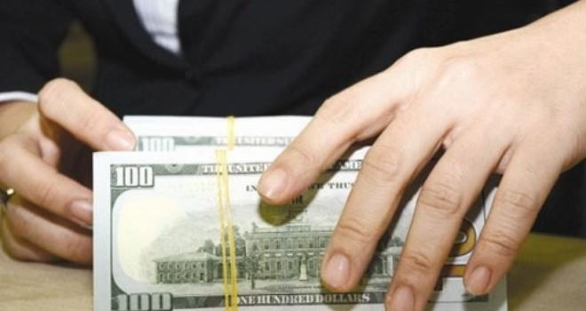 Các ngân hàng đang cho vay USD với lãi suất bao nhiêu?
