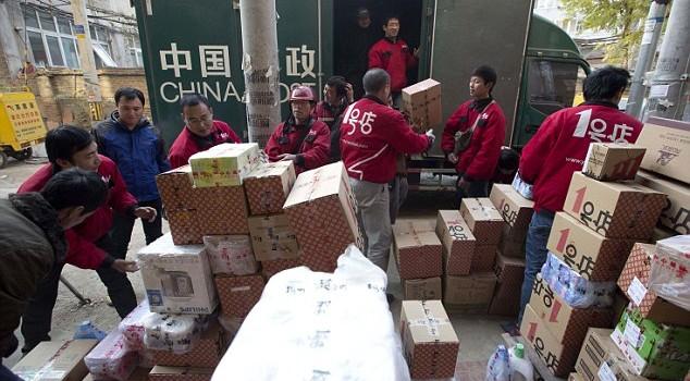 Hoạt động bán lẻ trực tuyến Trung Quốc tăng mạnh nhất thế giới