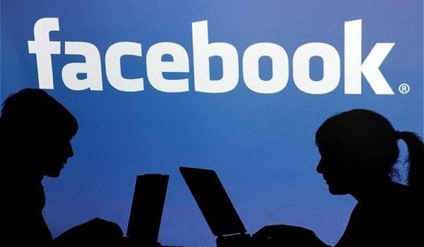 Vô tư buôn chuyện trên Facebook, Zalo dễ thành mồi ngon cho tin tặc