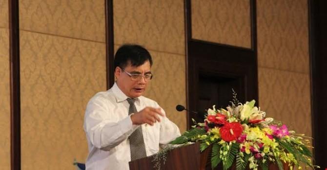 """GS.TS. Trần Đình Thiên: """"Tập trung vào việc tái cơ cấu để thay đổi căn bản"""""""