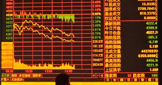 Chứng khoán Trung Quốc đầu năm: Đầu không xuôi, đuôi có lọt?