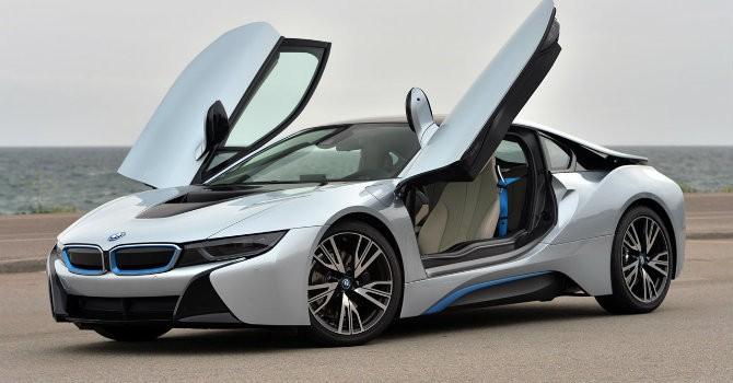 """Siêu xe """"có cánh"""" BMW i8 bị triệu hồi do lỗi hệ thống cân bằng"""