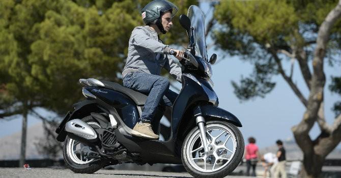 """Gần tết, các mẫu xe máy Honda liên tục bị """"thổi giá"""""""