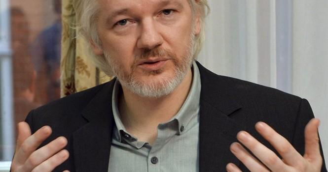 Nhà sáng lập WikiLeaks nói sẵn sàng bị bắt tùy phán quyết của Liên Hợp Quốc