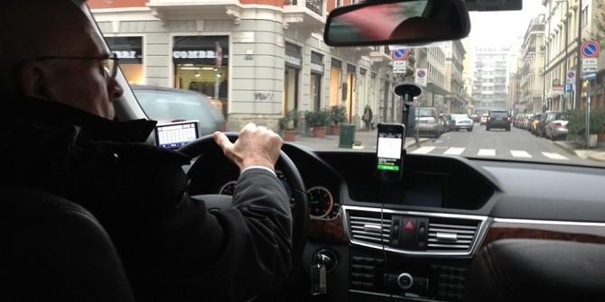 Nhiều tài xế Uber cảm thấy chán nản công việc