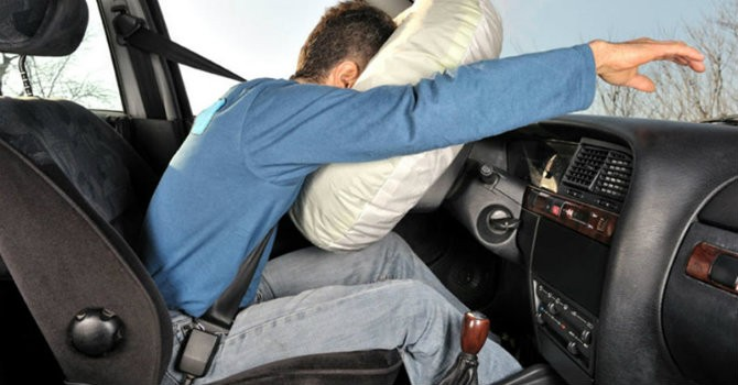 Sự khác biệt giữa việc có và không thắt dây an toàn khi đi ô tô