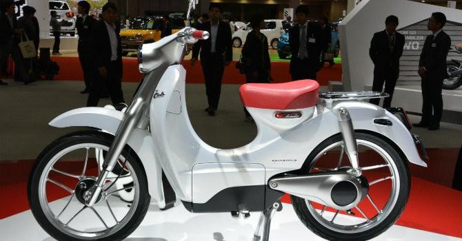 Công nghệ 24h: CEO Honda xác nhận sản xuất Super Cub chạy bằng điện