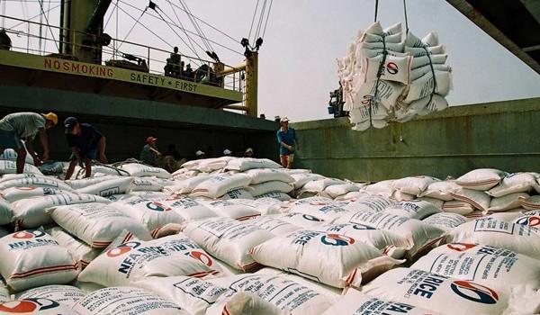 Năm 2016 sẽ là một năm khó cho xuất khẩu Việt Nam?