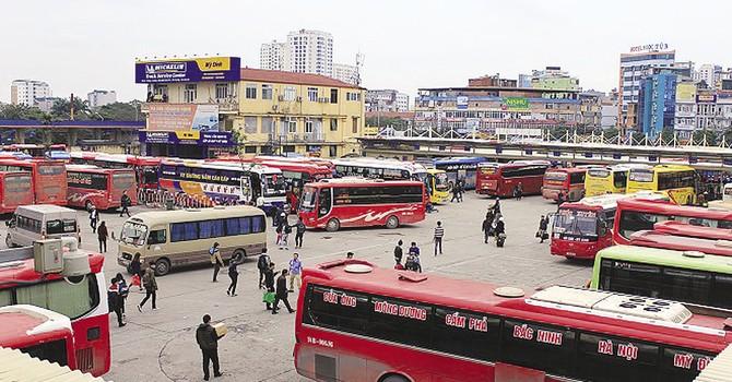 Sau taxi, xe khách liên tỉnh cũng đồng loạt giữ giá