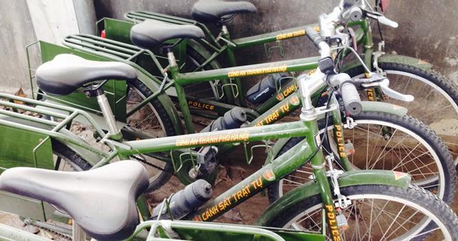 """Xe đạp tuần tra bị """"đắp chiếu"""""""