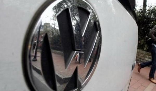 Gần 300 nhà đầu tư thế giới đồng loạt khởi kiện Volkswagen
