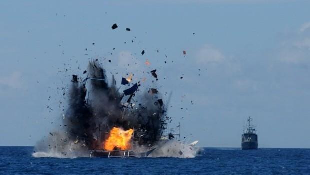 Argentina đánh chìm tàu Trung Quốc đánh cá bất hợp pháp