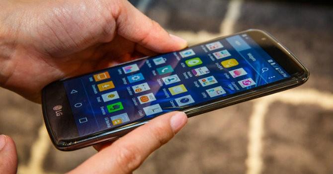 4 chiếc điện thoại đáng mua nhất trong tháng 3/2016