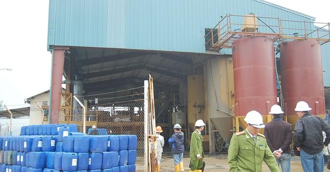 Lại gia hạn xử lý 60 tấn cyanua dỏm mua từ Trung Quốc
