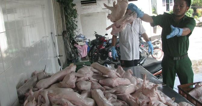 TP.HCM sẽ ngăn được thực phẩm bẩn?