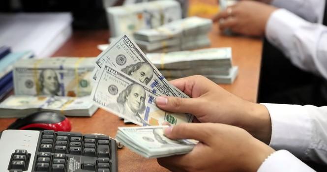 Thiếu vốn thừa USD